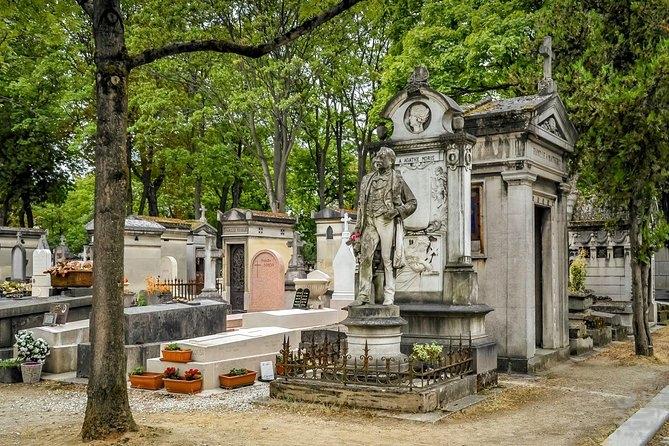 زیباترین و مشهورترین قبرستان دنیا!