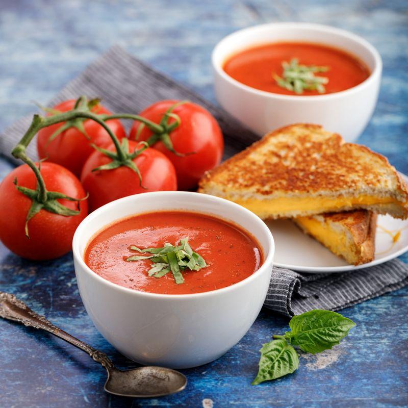 آش گوجه فرنگی خوشمزه ی همدانی ها